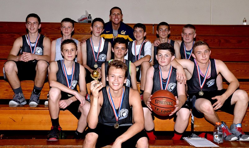 boys-basketball-medals